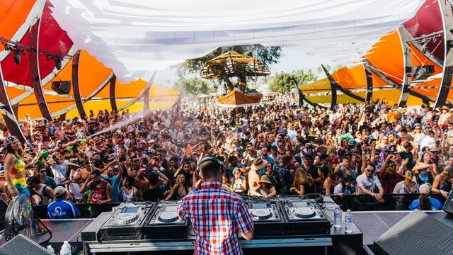 Coachella_2015_Galen_Oakes_Weekend_One - 32