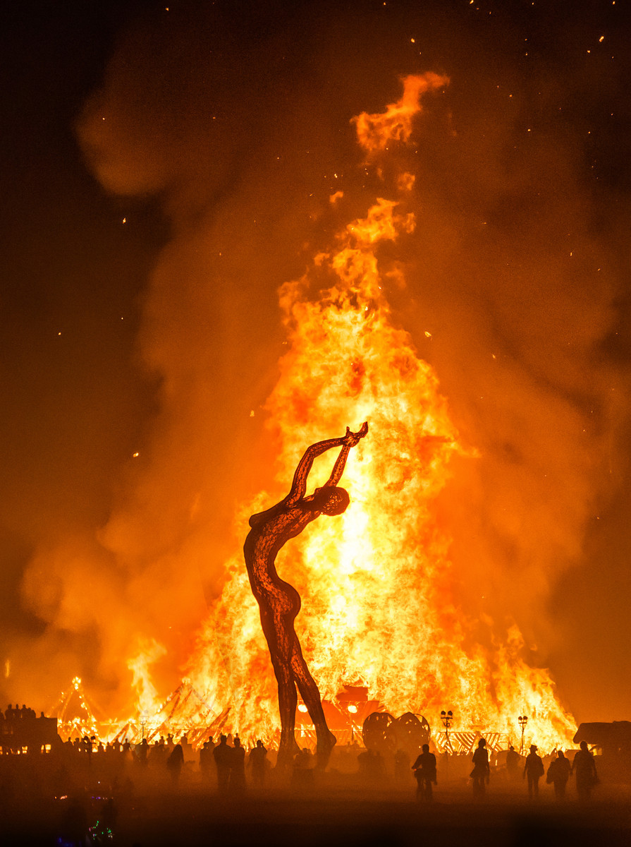 Burning-Man-Last-Day-Night-1003-of-1120-2-X3