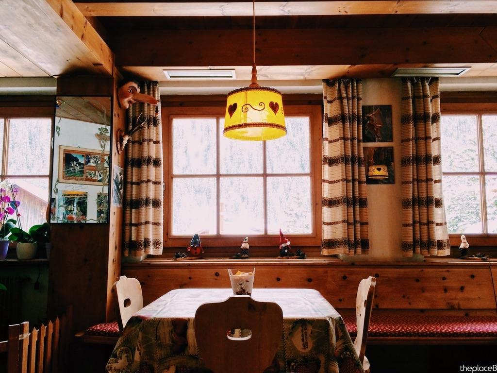 Bar de Penia Campitello Canazei Val di Fassa the place B