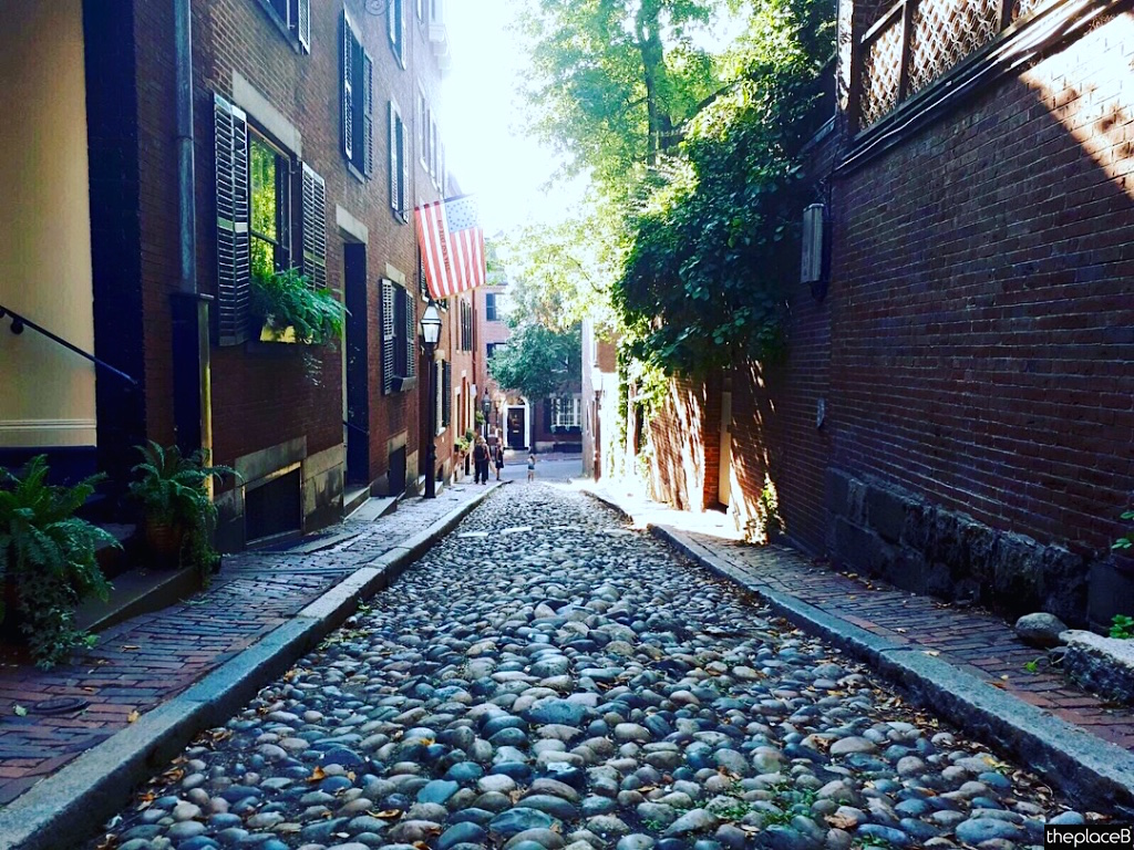 Boston to do list 5 luoghi da visitare Acorn Street
