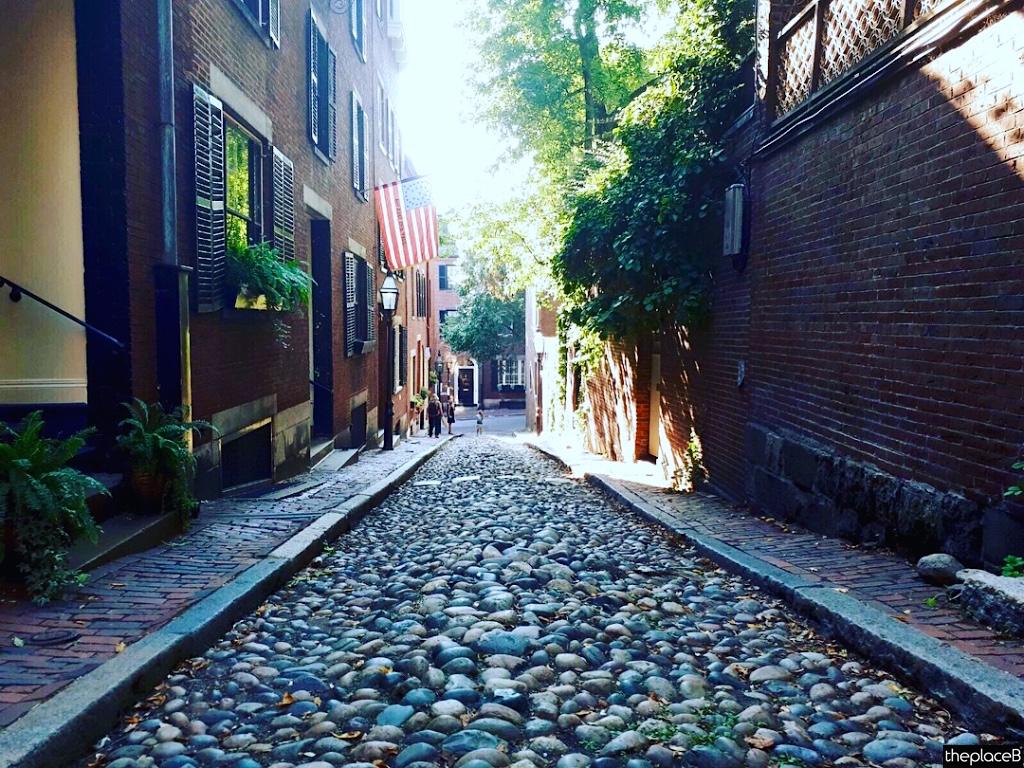 Boston to do list 5 luoghi da visitare Acorn Street